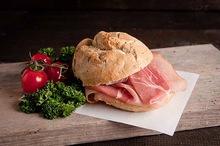 Broodje Coburger rauwe ham
